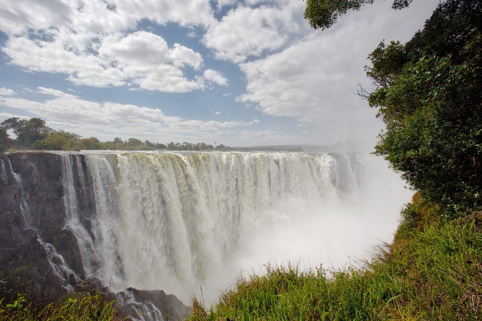 Victoria Falls Zambia or Zimbabwe